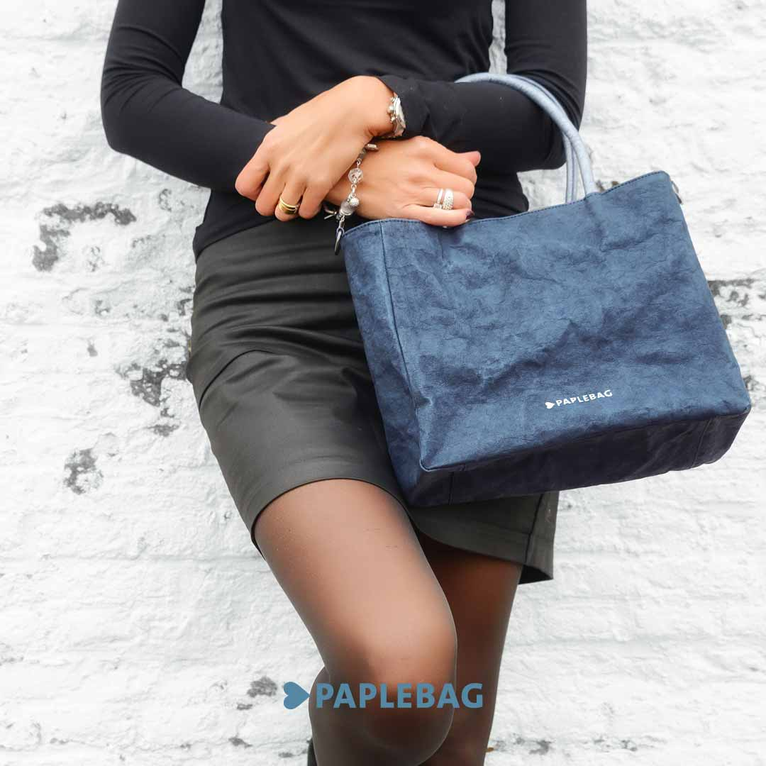 Frauenhandtasche blau